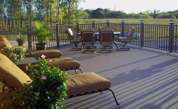 Why choose aluminum decking, railing and fencing.